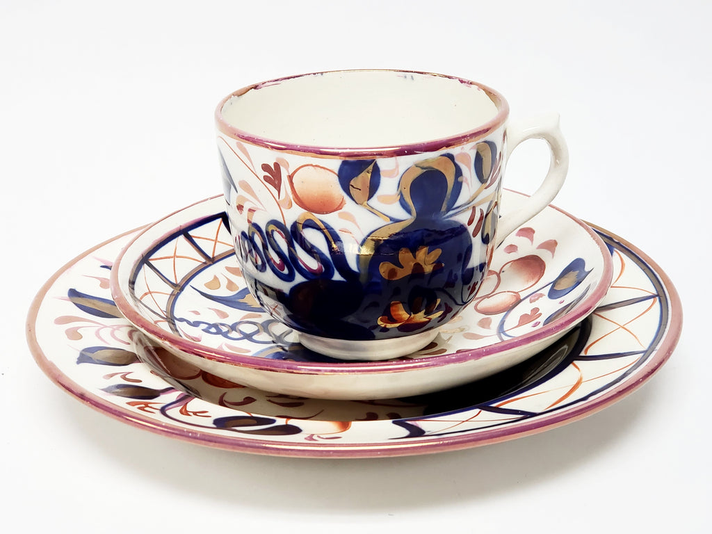 Early Gaudy Welsh Oyster Pattern Tea Cup, Saucer and Small Plate