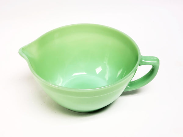 Vintage Fire King Jadeite Batter Bowl w/ Pour Spout and Handle Made in USA
