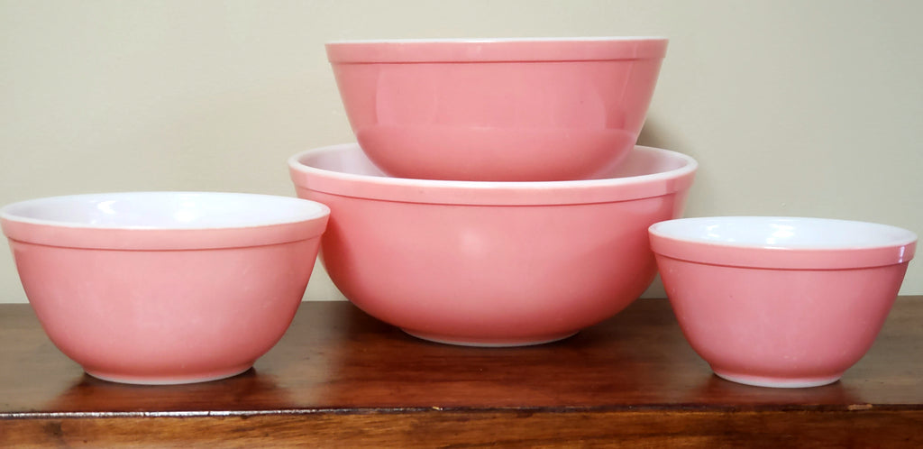 Vintage Pyrex Solid Pink Mixing Nesting Bowls - Set of 4