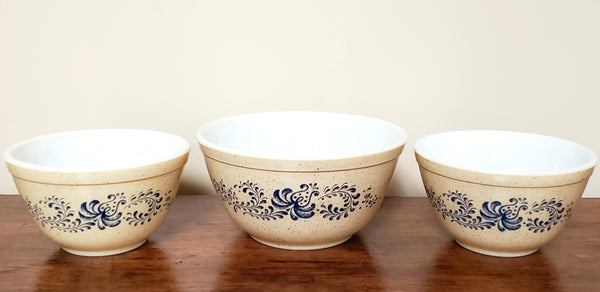 "Vintage Pyrex ""Homestead"" Mixing Bowls - Collection of 3,  #401 #402"