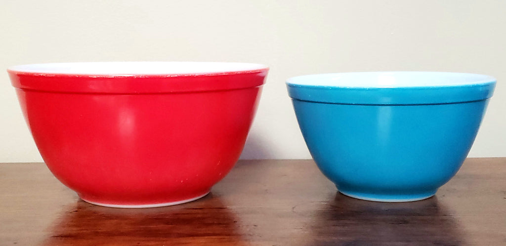 Pyrex mixing bowls set of 4 primary colors