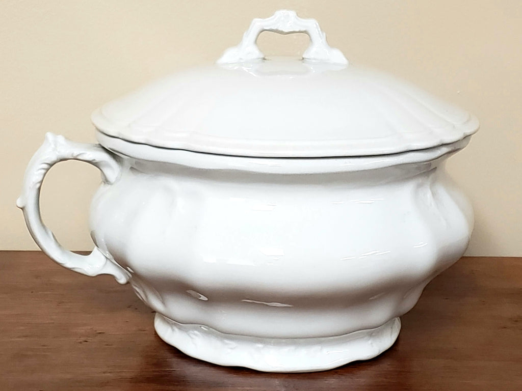 Antique White Ironstone Lidded Chamber Pot, Johnson Brothers England