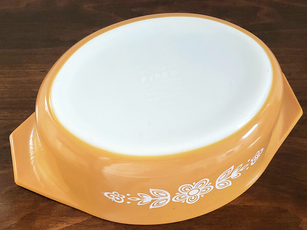Pyrex Butterfly Gold Oval 1.5 Qt Casserole with Lid 043 by Corning c. 1970's