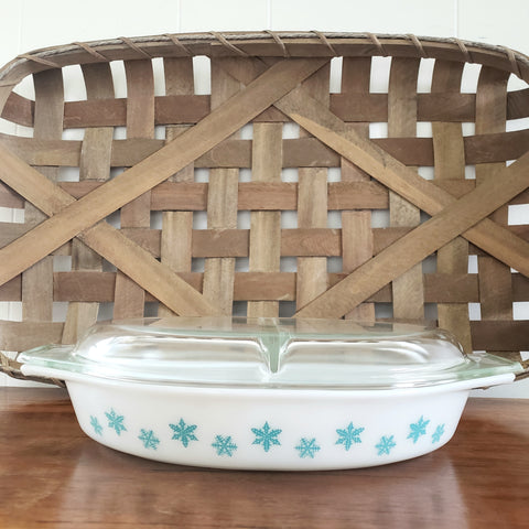 PYREX Turquoise Snowflakes on White Cinderella Oval Divided Dish with Cover c. 1956-1963