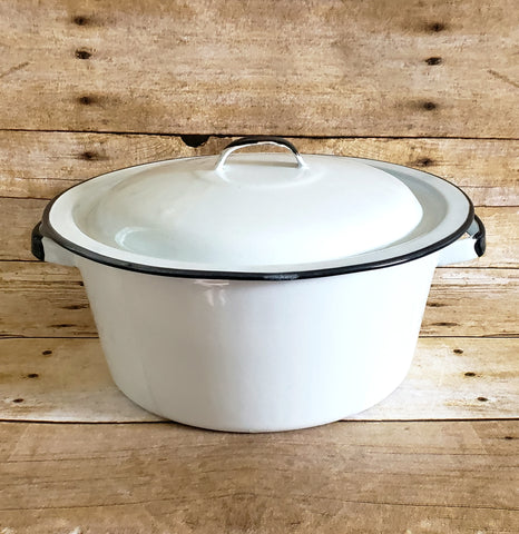 Vintage White Farmhouse 3 Quart Enameled Pot with Lid - White with Black Trim c. 1930's