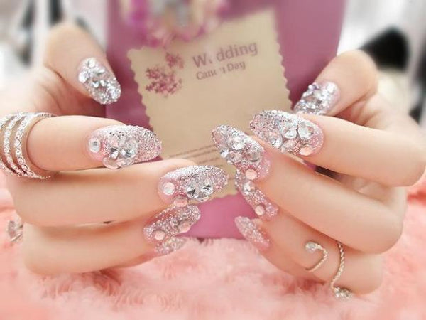 B025-Elegant Shining Rhinestone Finished False Nails