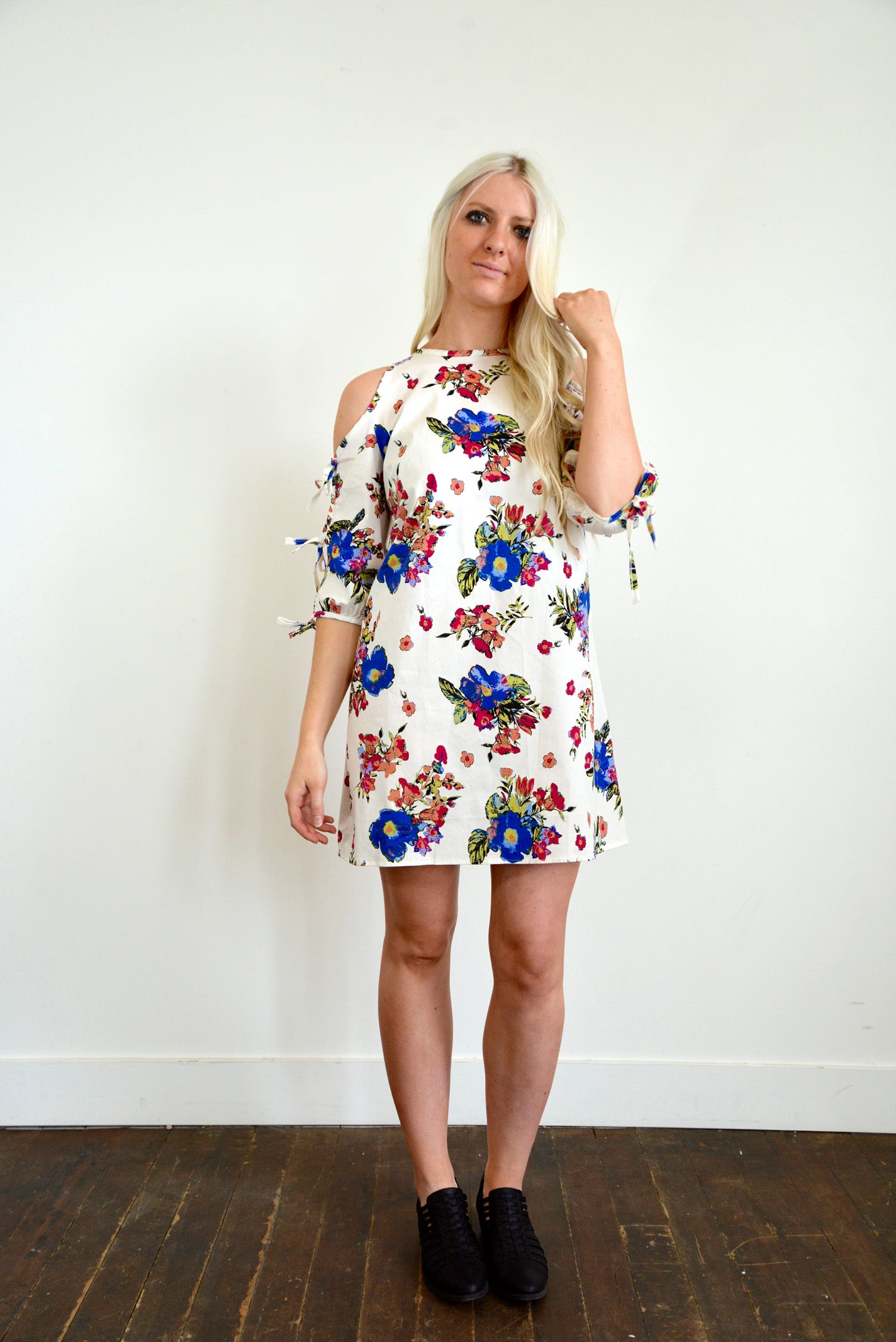 White Floral Tied Sleeve Dress