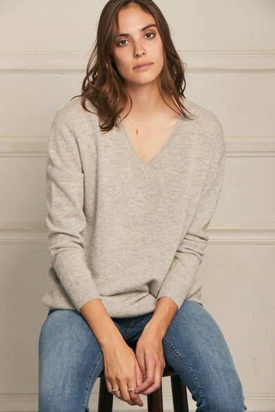 Boyfriend  V Neck Sweater Light Grey