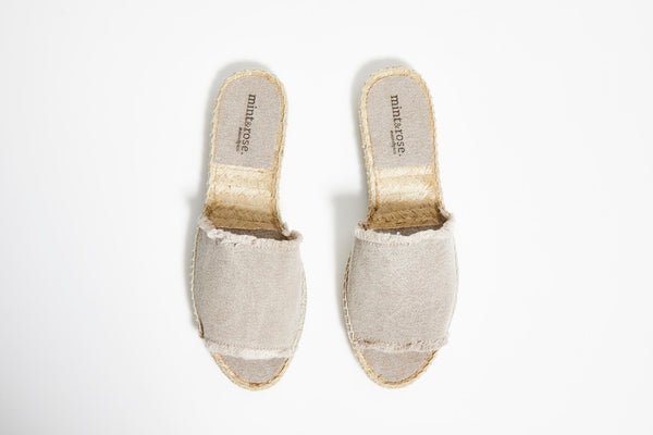 Olivia Slide Canvas  - Light Grey