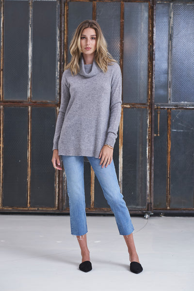 Turtle Neck Cashmere Sweater - Heather Grey