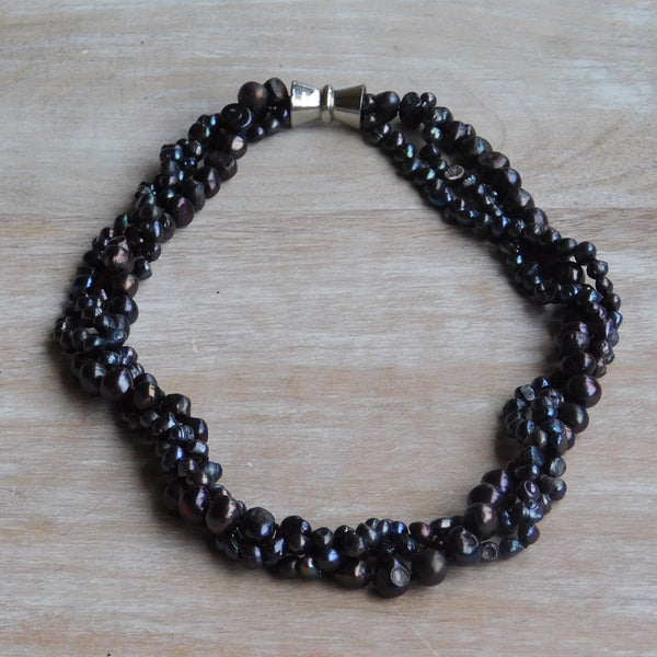 3-Strand Pearl Necklace - Dark Blue