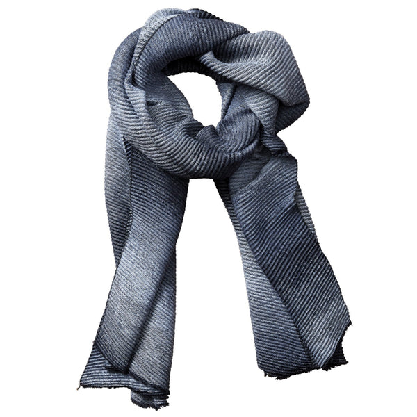 Ombre Ridged Scarf - Black & Gray