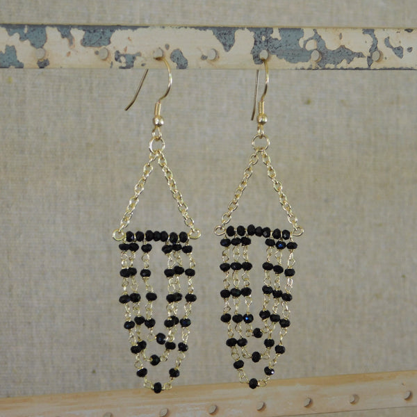 Dancing Crystals Earrings - Black