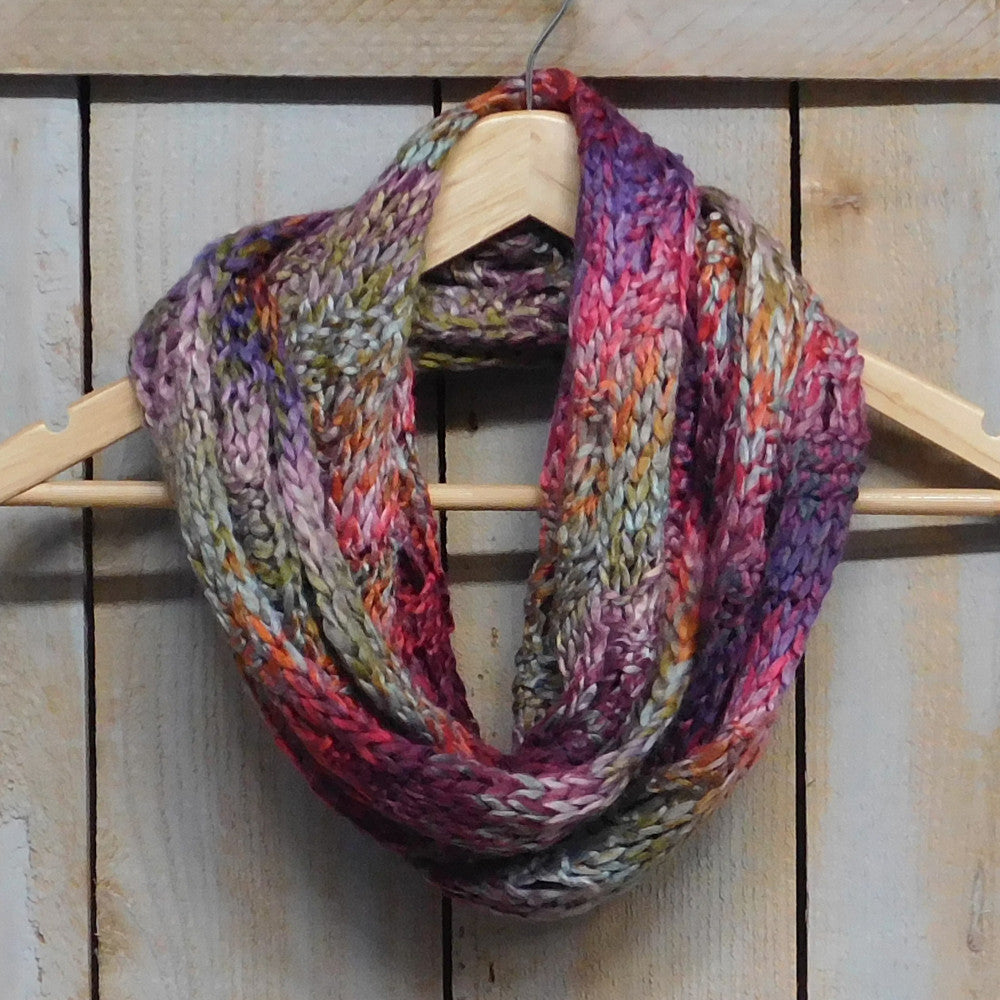 Luxurious Multicolored Knit Infinity - Multicolored