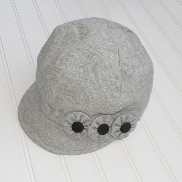 Flower Button Hat - Light Gray