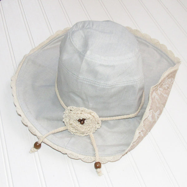 Sweet Floral & Lace Garden Hat - Light Blue/Beige