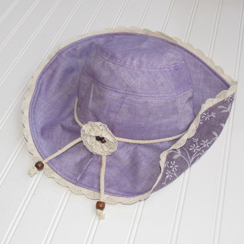 Sweet Floral & Lace Garden Hat - Purple