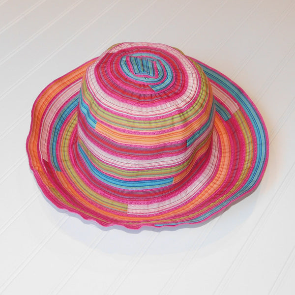 Cheerful Multicolored Garden Hat - Pink