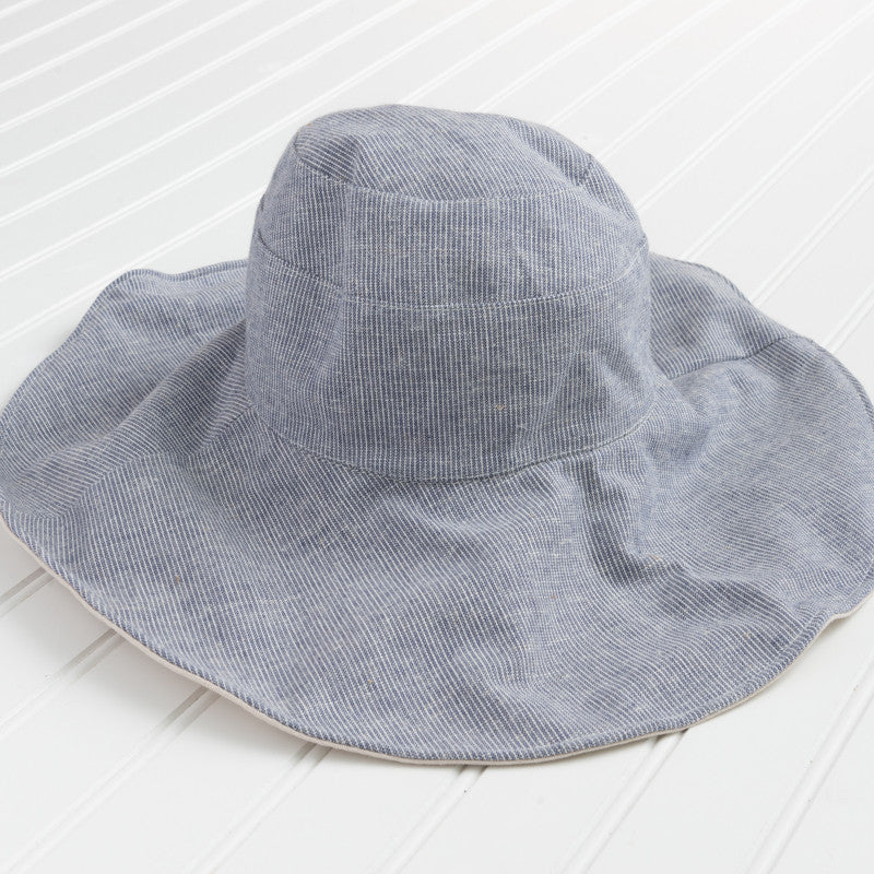 Reversible Wide Brim Hat with Stripes - Blue
