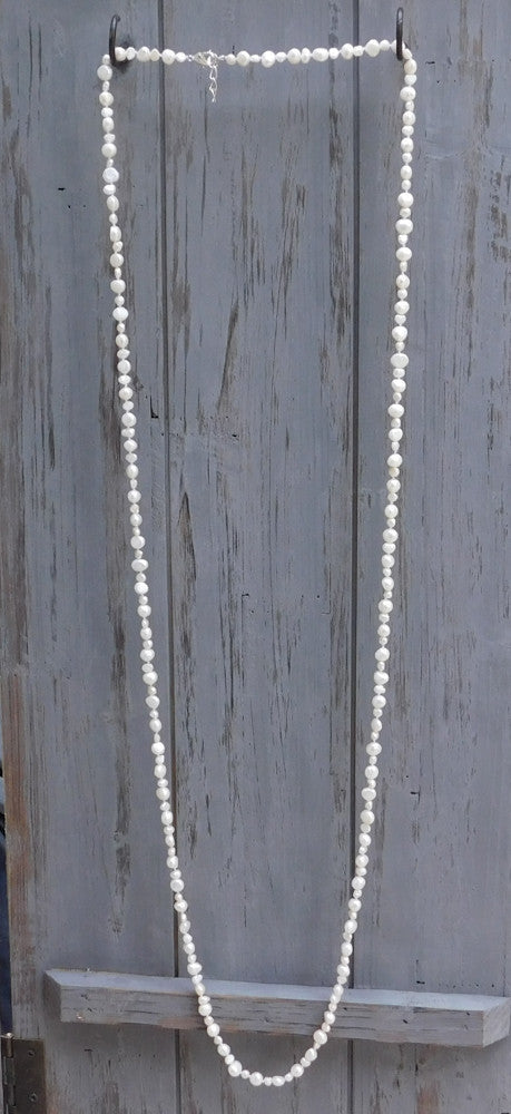 Long Pearl Necklace with 2 sizes Pearls - White