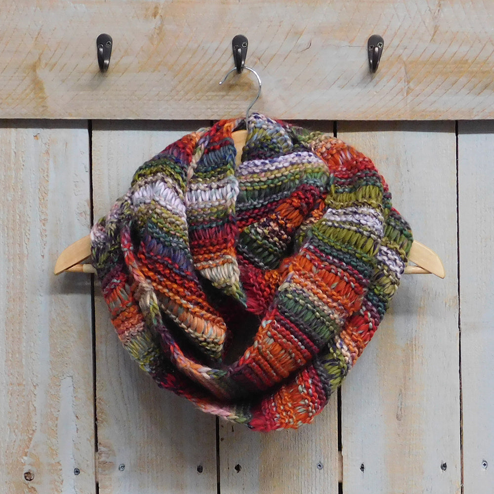 Vibrant Knit Stripes Infinity - Multicolor