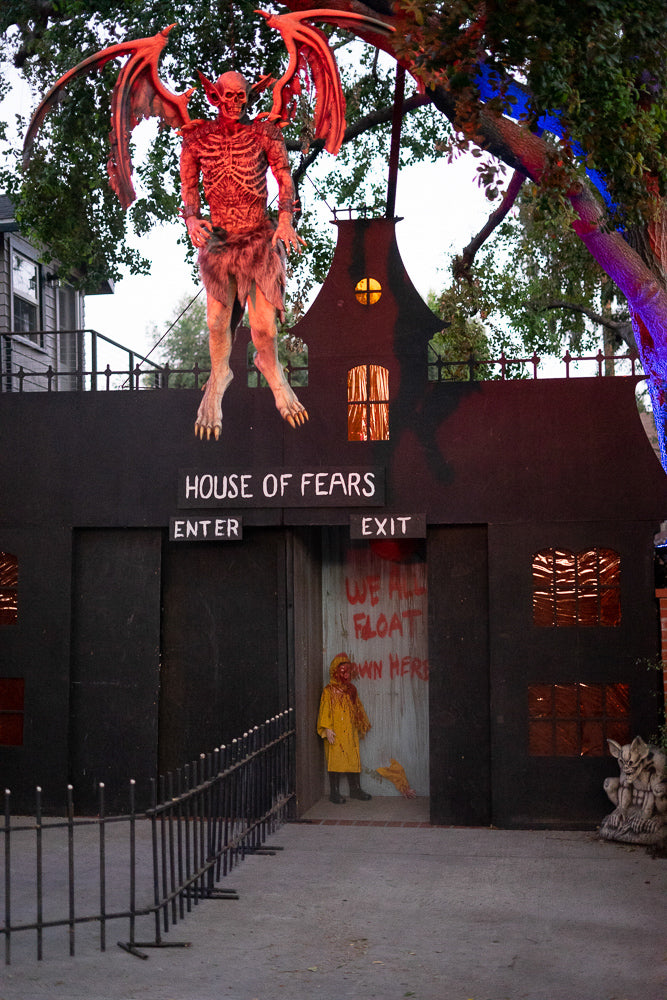 haunted house decorations