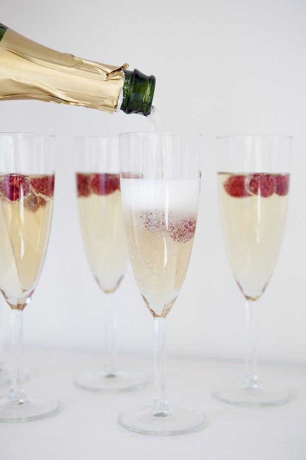 valentines day champagne cocktail