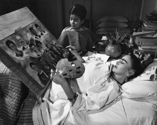 frida kahlo in bed painting