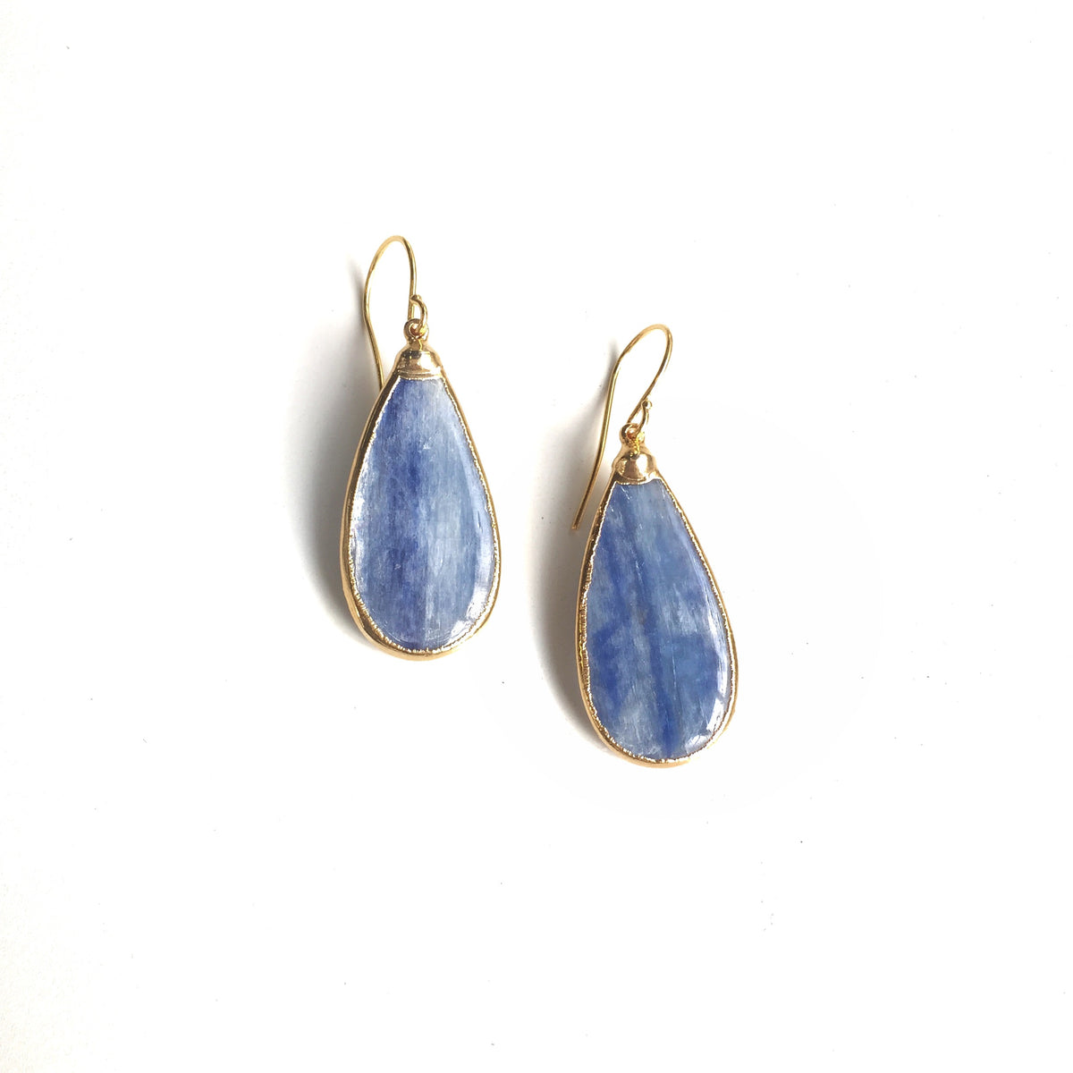 4574e-sarotte-earrings-in-kyanite