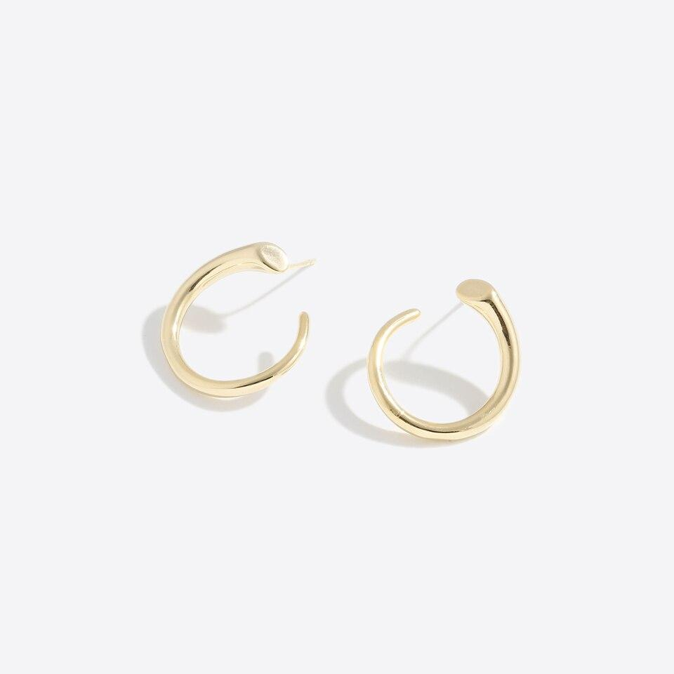 gold curved stud earrings