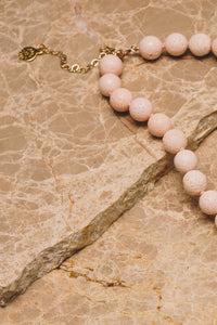 sponge coral beaded necklace closeup with necklace extender and clasp