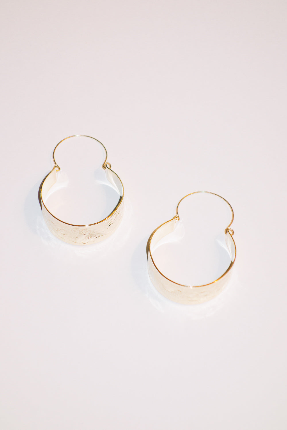 Cali Flower Pattern Oversized Hoop Earrings | 18K Gold Plating | Janna Conner