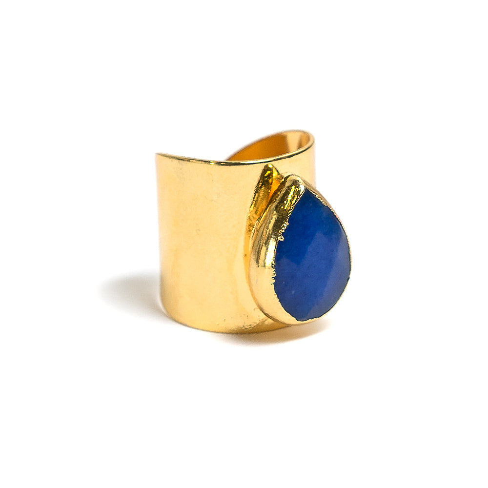 blue teardrop gold cigar band ring