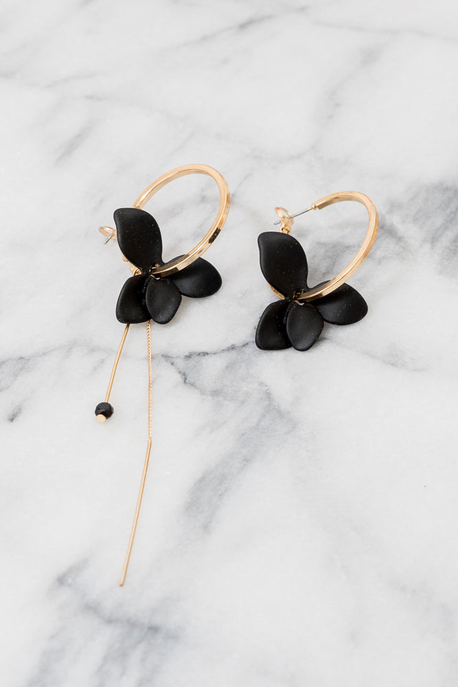 Janelline | Black Mismatched Flower Hoop Earrings | 18k Gold Plating | Janna Conner