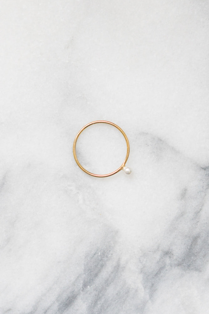 gold fill stacking ring with freshwater pearl bead