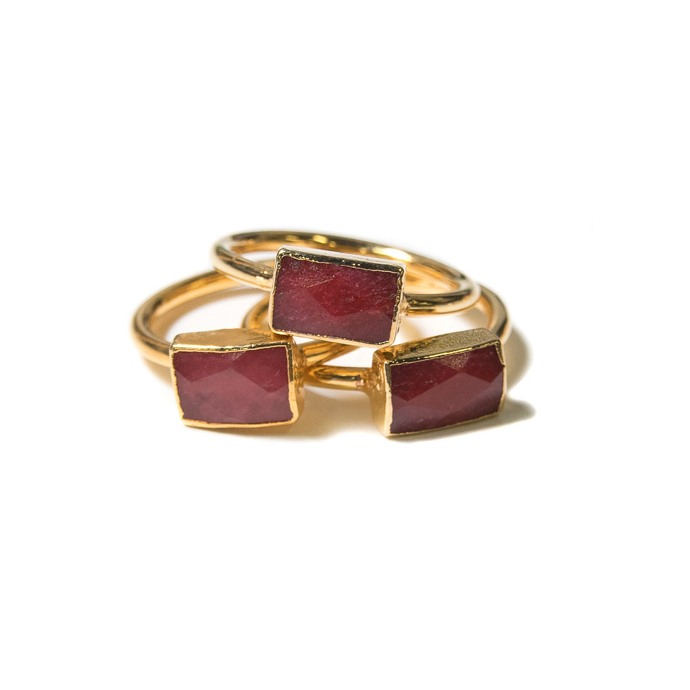 red rectangular stacking rings