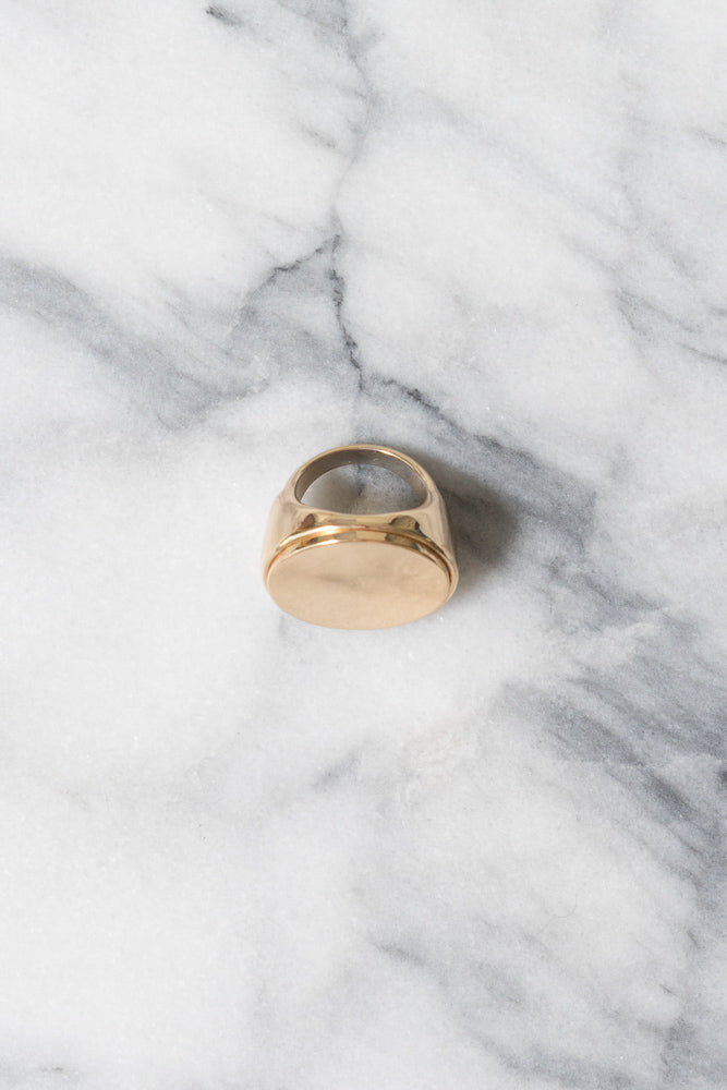 gold signet ring for women