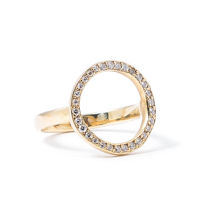 Diamond Aureole Circle Cut Out Ring | 14K Gold | Janna Conner