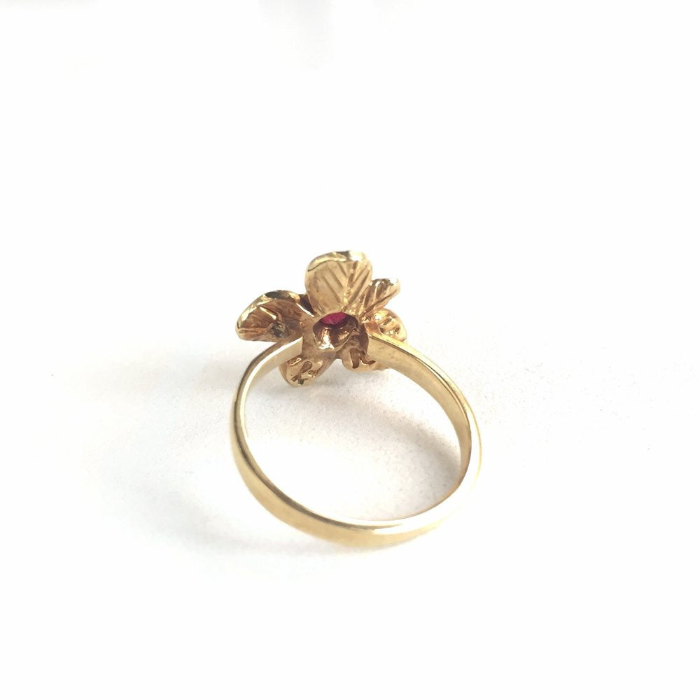Fleur ring in Ruby | 14K Gold | Janna Conner