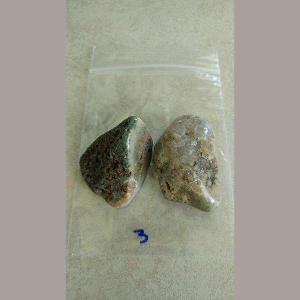 Ocean Jasper is beneficial to the digestion, digestive organs, removing toxins, lessens body odor