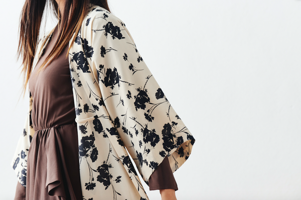 A Guide to Neutral Kimono Robes