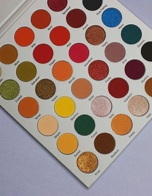 On The Edge Lurella 35 Color Eyeshadow Palette