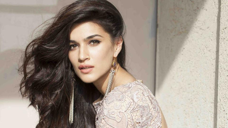 Accessorise like Kriti Sanon