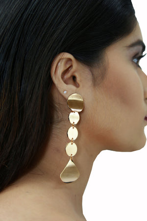 Sarah - Golden Metal Long Earrings