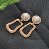 Kate Gold - Metal Earrings with Pearl