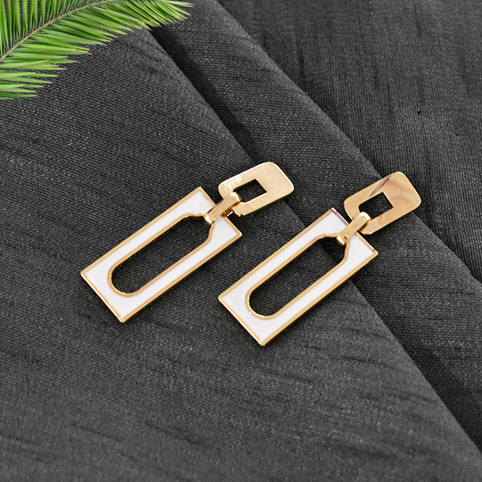 Evelyn White - Rectangle Dainty Stud Earrings