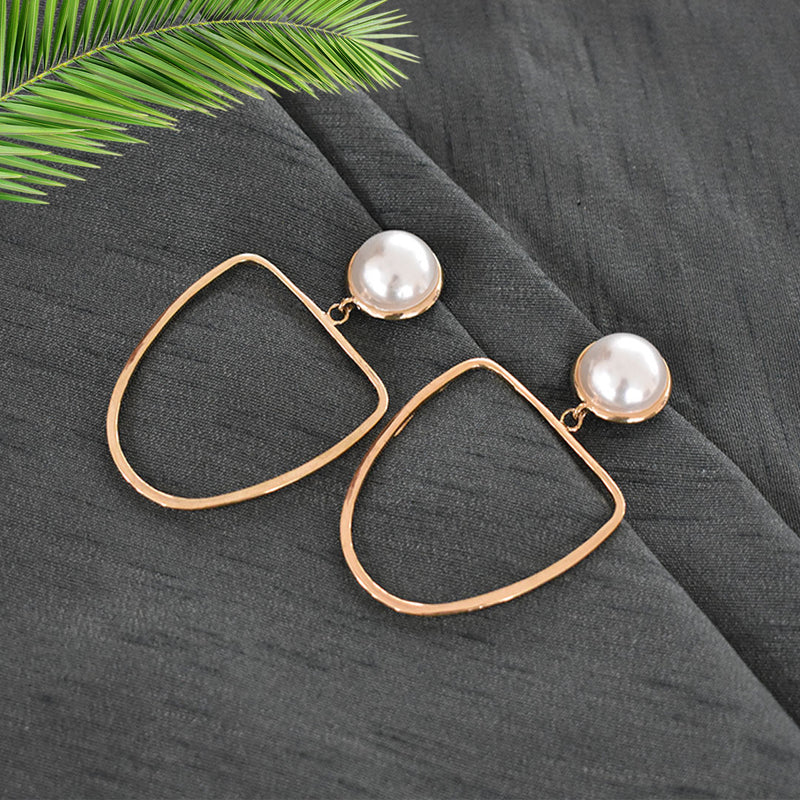 Amelia - Elongated Golden Hoop Pearl Stud Earrings