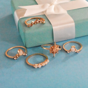Amsterdam Set of Rings - Golden Stone Pear Studded Ring Set