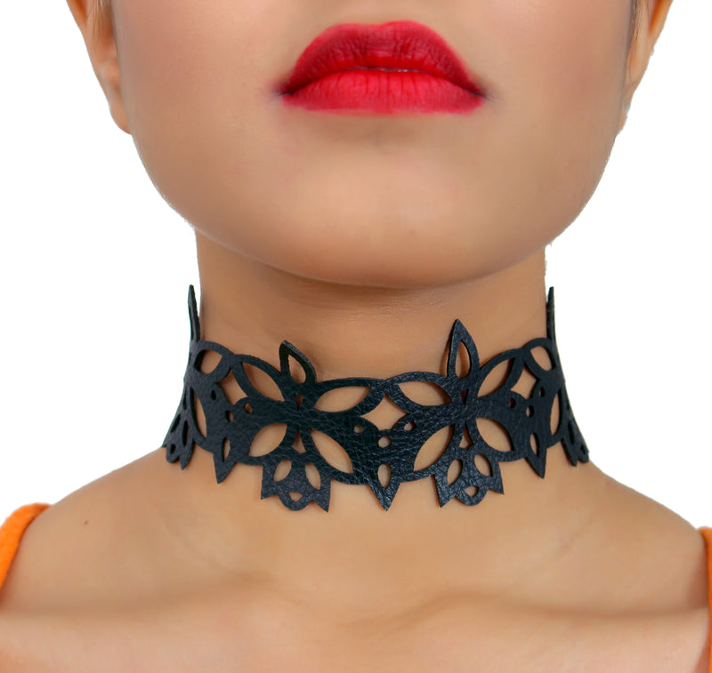 Goth Diva - Black floral leather Choker