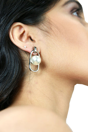 Mia - Silver - Metal and Pearl Earrings
